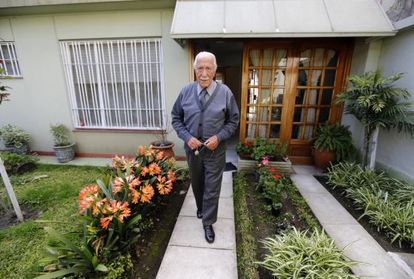 Dario Rivas Cando, de 93 años, en su casa de Buenos Aires.