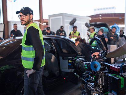 El director Dani de la Torre, durante el rodaje de 'La unidad'.