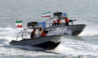 Lanchas de los Guardianes de la Revolución en una zona frente a las costas iraníes el pasado día 2.