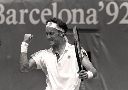 Jordi Arrese celebra un punto ante Lavalle