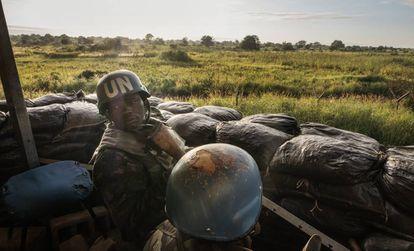 Campamento de UNMISS en Torit, Sudán del Sur. 150 soldados ruandeses de las fuerzas de paz son los responsables de que Naciones Unidas pueda reforzar su presencia en la zona ecuatorial oriental mediante patrullas cuya misión es ayudar a proteger a la población civil.