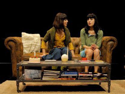 Olalla Moreno y Dolo Beltran en un momento d ela obra 'Res no tornarà a ser com abans'