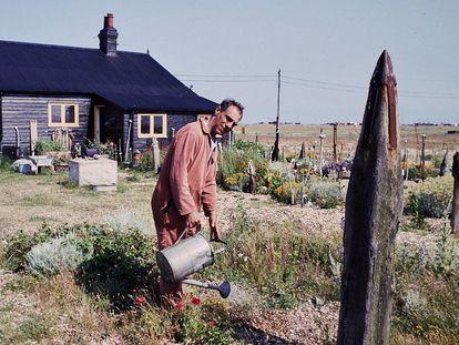 Derek Jarman, en Prospect Cottage, entre 1989-1991.