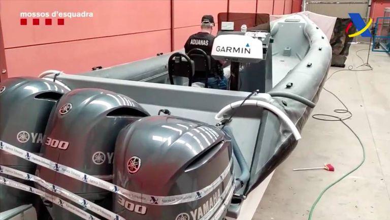 La lancha intervenida por los Mossos y Vigilancia Aduanera que se reconvertirá en un barco patrulla.