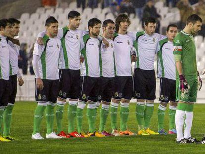 Los juzgadores del Racing de Santander durante el plante que efectuaron el pasado enero.