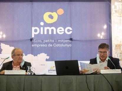 El presidente de Pimec, Josep González (izquierda) junto a Antoni Cañete.