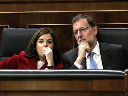 Soraya Sáenz de Santamaría y Mariano Rajoy, en el Congreso de los Diputados, en una imagen de archivo.