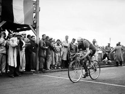 Gino Bartali durante el tour de Francia en 1948.