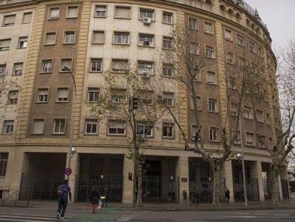 Fachada de la residencia San Hermenegildo de Sevilla.
