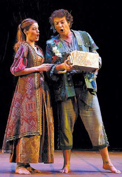 Rachel Harmisch y Nicola Ulivieri, en una escena de <i>La flauta mágica.</i>