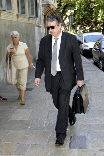 Joan Maria Pujals, llegando a la Audiència de Palma.