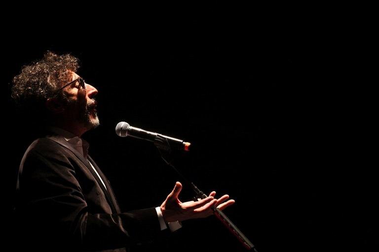 Fito Páez canta durante una presentación en Guadalajara, en 2015.