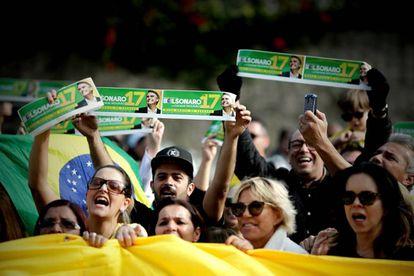 Seguidores del ultraderechista Jair Bolsonaro en Brasil.
