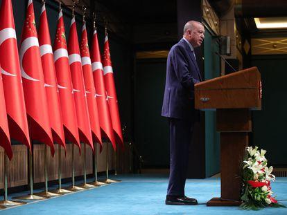 Erdogan comparece en rueda de prensa tras la reunión de su gabinete este lunes