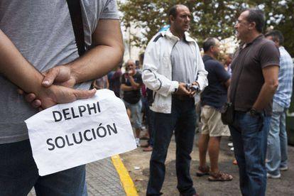 Concentración de extrabajadores de Delphi en 2014 en Cádiz
