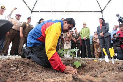 Ceremonia para conmemorar los tres meses de la muerte de Chávez.