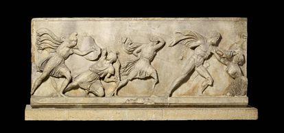 Friso del monumento de Halicarnaso que se podrá ver en Barcelona.