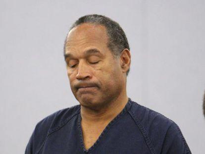 O. J. Simpson , durante la lectura del fallo del jurado.