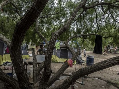 Interior del campamento de refugiados en Matamoros, Tamaulipas (México).