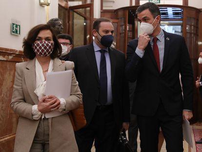 Carmen Calvo, José Luis Ábalos y Pedro Sánchez, el miércoles en el Congreso.
