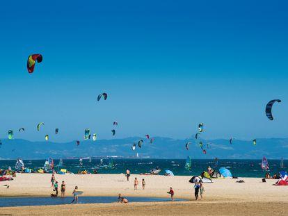 Vista de la playa de Valdevaqueros, en Tarifa, provincia de Cádiz.