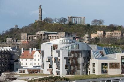 El parlamento escocés de Holyrood, Edimburgo, disfruta hoy del prestigio casi unánime que suele reservarse para las obras maestras.
