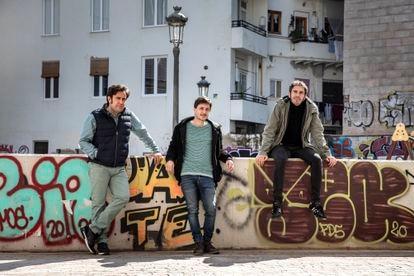 From left to right, Rafa Lahuerta, Alberto Torres and David Pascual, in the Carmen neighborhood of Valencia.