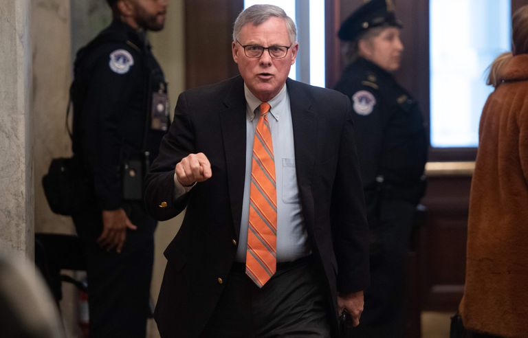 El senador estadounidense Richard Burr el pasado 21 de enero en el Senado, durante el juicio a Donald Trump.