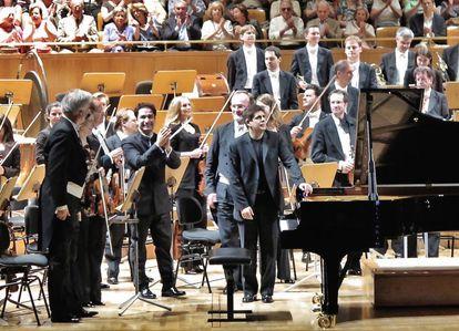 El pianista español Javier Perianes, con la Filarmonica de Viena, ayer domingo en el Auditorio Nacional.