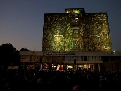 Un evento de campaña de María de Jesús Patricio, candidata presidencial por el Congreso Nacional Indígena, en la UNAM en 2017.