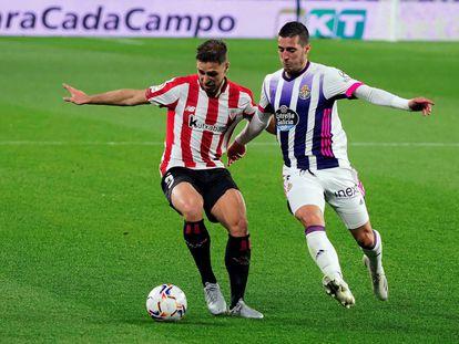 Sergi Guardiola presiona a Unai López.