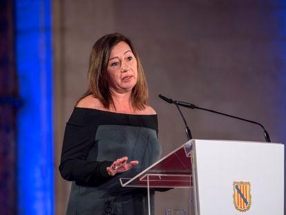 La presidenta del Govern balear, Francina Armengol, durante su discurso en la ceremonia de entrega de Premios Ramón Llull y Medalla de Oro de les Illes Balears, el pasado febrero.