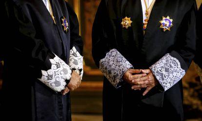 Dos magistrados en el Tribunal Supremo.