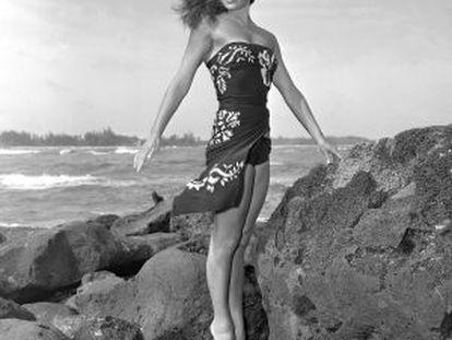 Esther Williams, en un momento del rodaje de 'Pagan Love Song' (1950).