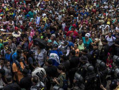 El presidente estadounidense hace efectiva la amenaza presupuestaria contra Guatemala, Honduras y El Salvador