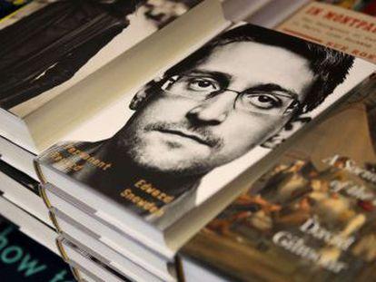 El Gobierno, que considera que el exespía ha roto sus compromisos de no divulgación, no busca prohibir la distribución del libro sino impedir que el autor se lucre