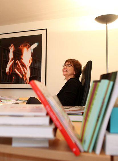 Marta Gili, directora del Jeu de Paume de París, en su despacho