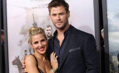 Elsa Pataky y Chris Hemsworth en la premiere de '12 Strong' en enero de 2018.