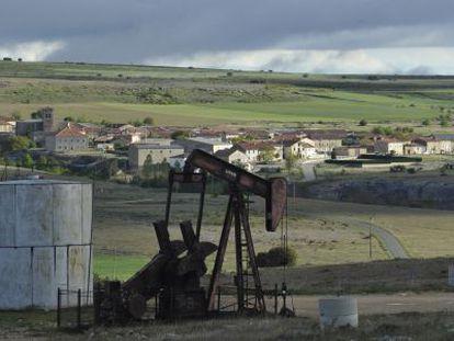 Antiguo pozo petrolífero de Ayoluengo de la Lora (Burgos).