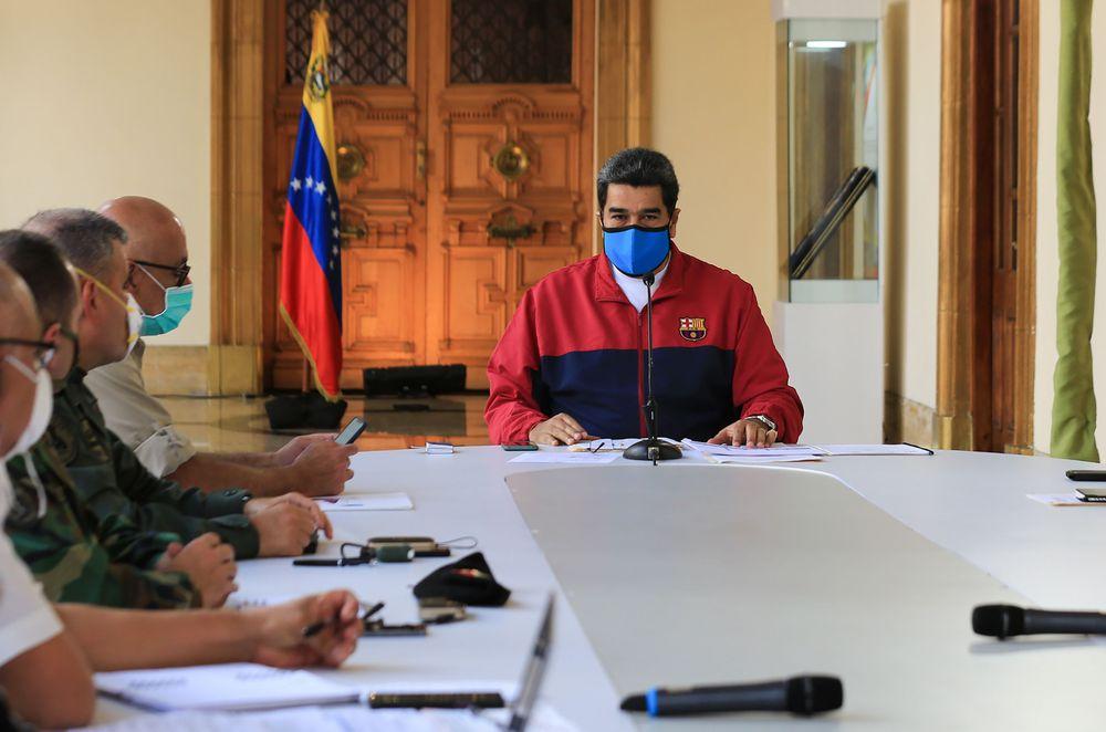 Resultado de imagen para EE UU acusa a Maduro de narcotráfico y ofrece 15 millones por información que conduzca a su detención
