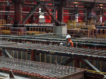 Cátodos producidos con cobre extraído de la mina Gabriela Mistral de Codelco, en la región de Antofagasta, en el norte de Chile.