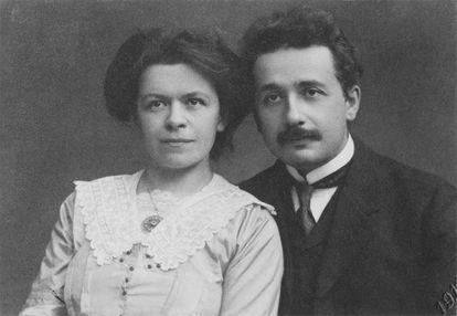 Mileva Maric y Albert Einstein en 1912.