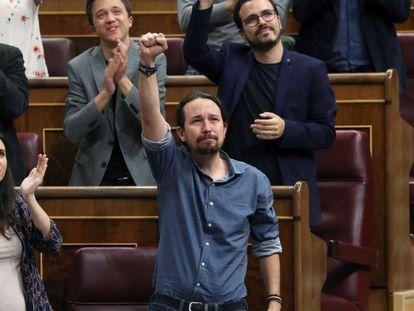 El líder de Podemos, Pablo Iglesias, tras su intervención en la sesión de control al Gobierno.