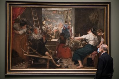 Presentation of the new frame for 'Las Hilanderas', by Diego Velázquez, in the image, Javier Solana, president of the Royal Board of the Prado Museum.