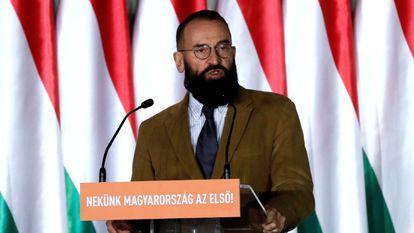 József Szájer el año pasado durante la campaña de su partido ante las elecciones al Parlamento Europeo.