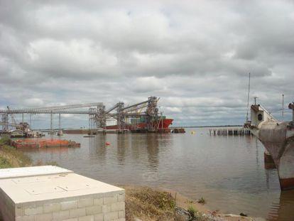 Puerto uruguayo de Nueva Palmira