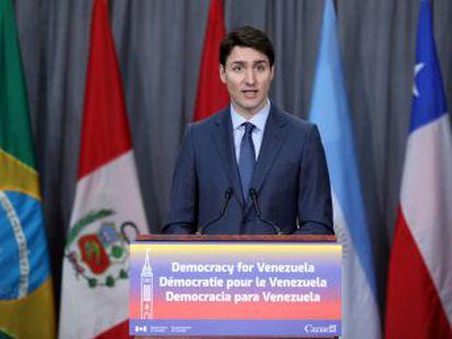 El primer ministro canadiense, Justin Trudeau, anuncia una partida de 53 millones de dólares y califica de  dictadura  el régimen de Nicolás Maduro