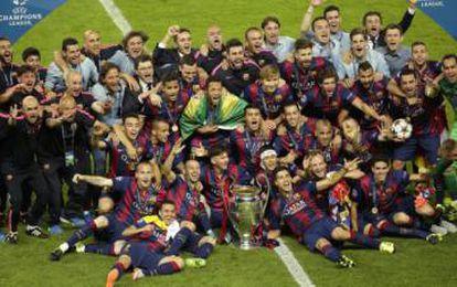 Los jugadores del Barcelona celebran la Champions en Berlín.