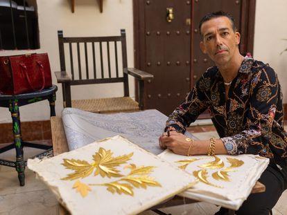 David Calleja, diseñador artístico para cofradías andaluzas y concejal de Fiestas en El Puerto de Santa María.