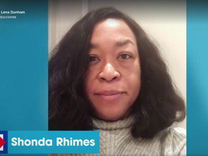 La guinista, directora y productora Shonda Rhimes, en una imagen del vídeo en favor de Hillary Clinton.